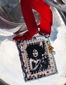 photo necklaces_10