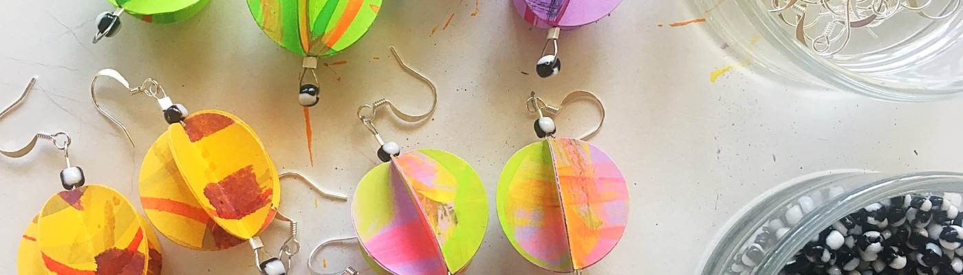 Origami earrings tutorial